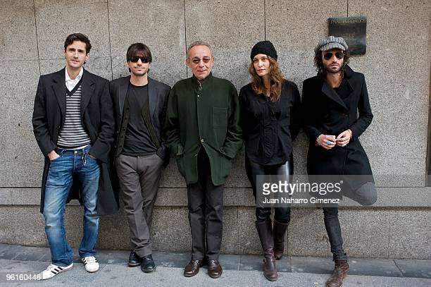 Juan Diego Botto Achero Manas Jose Luis Gomez Ana Risueno and Jose MIguel Conejo attend 'Todo Lo Que Tu Quieras' press conference at Fnac in Madrid...