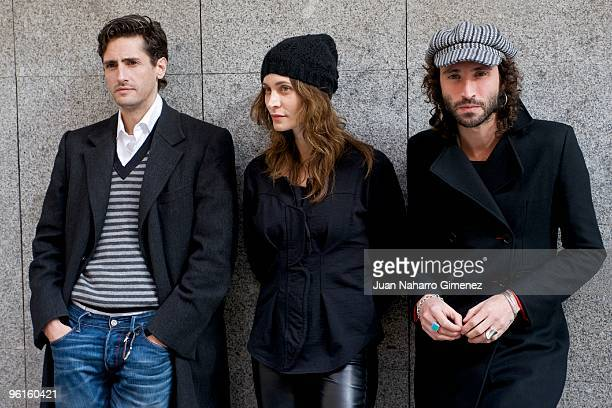 Juan Diego Botto Ana Risueno and Jose Miguel Conejo attend 'Todo Lo Que Tu Quieras' press conference at Fnac in Madrid on January 25 2010 in Madrid...