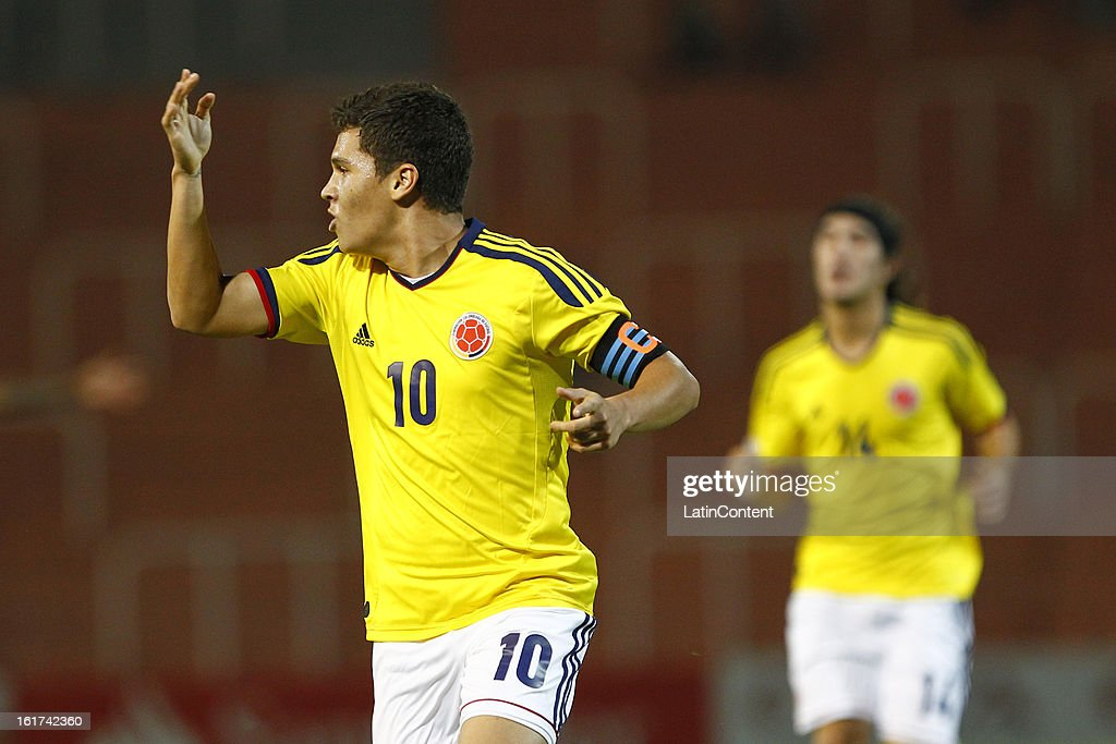 Juan Fernando Quintero of Colombia celebrates a goal against Paraguay during a match between Colombia and Paraguay as part of the 2013 South American Youth Championship at Malvinas Argentinas Stadium on February 03, 2013 in Mendoza, Argentina.