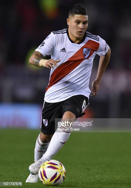 1a1818f1e61 Juan Fernando Quintero of River Plate drives the ball during a match  between River Plate and