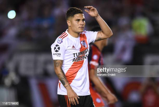 Juan Fernando Quintero of River Plate reacts after missing a penalty kick during a match between River Plate and San Lorenzo as part of Superliga...