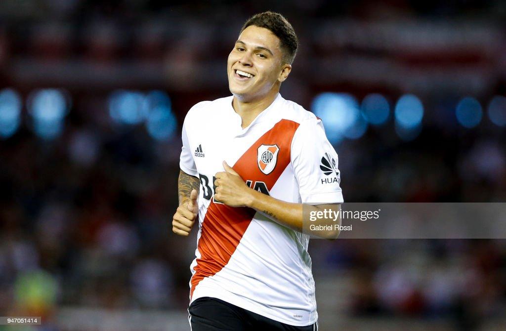 Juan Fernando Quintero of River Plate smiles during a match between River Plate and Rosario Central as part of Superliga 2017/18 at Estadio Monumental Antonio Vespucio Liberti on April 15, 2018 in Buenos Aires, Argentina.