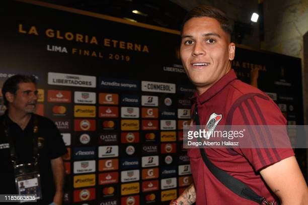 Juan Fernando Quintero of River Plate smiles during the arrival of the team to their hotel Swissotel Lima on November 20 2019 in Lima Peru River...