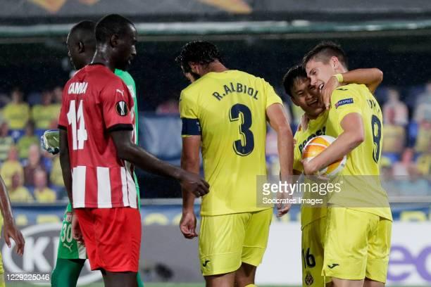 Juan Foyth of Villarreal celebrates 3-2 with Takefusa Kubo of Villareal during the UEFA Champions League match between Villarreal v Sivasspor at the...
