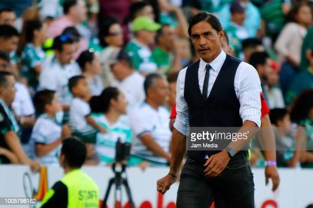 Juan Francisco Palencia Head coach of Lobos BUAP during the 1st round match between Santos Laguna and Lobos BUAP as part of the Torneo Apertura 2018...