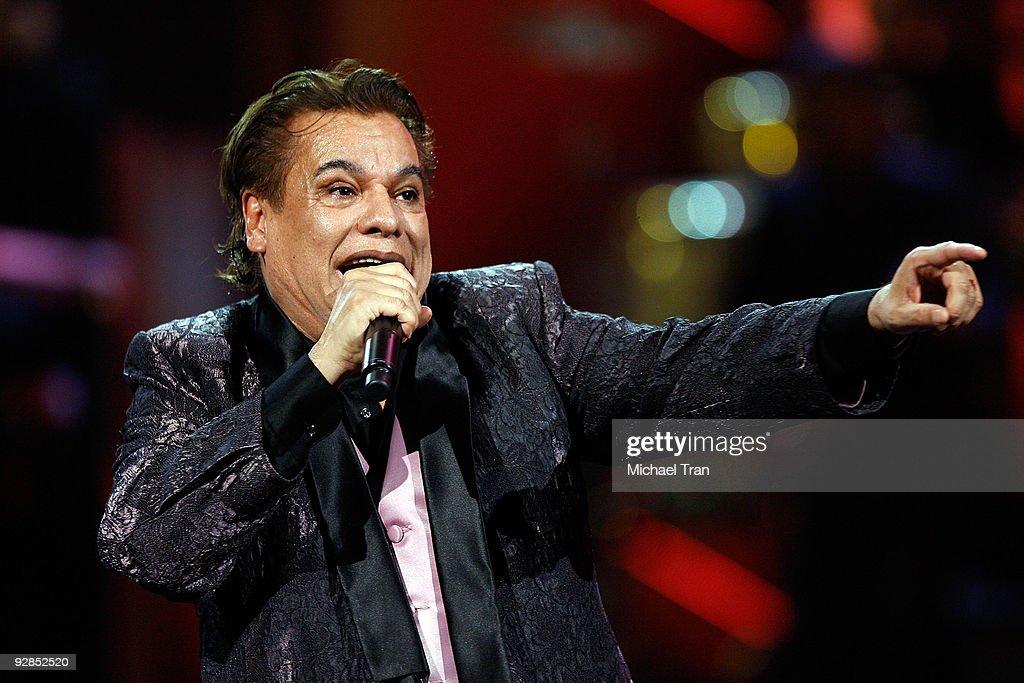 Juan Gabriel performs onstage at the 10th Annual Latin Grammy Awards held at Mandalay Bay on November 5, 2009 in Las Vegas, Nevada.
