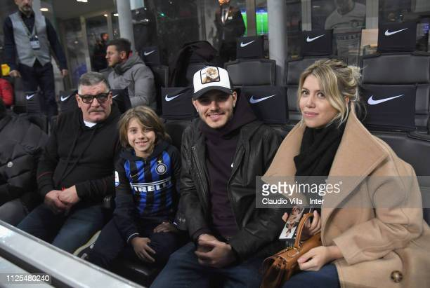 Juan Icardi Valu Lopez Mauro Icardi and Wanda Nara attend during the Serie A match between FC Internazionale and UC Sampdoria at Stadio Giuseppe...