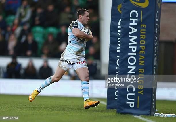 Juan Imhof fof Racing Metro 92 runs in to score a try during the European Rugby Champions Cup match between Northampton Saints and Racing Metro 92 at...