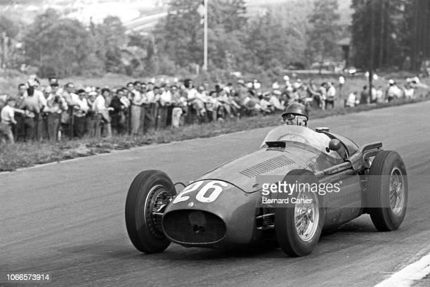 Juan Manuel Fangio, Maserati 250F, Grand Prix of Belgium, Circuit de Spa-Francorchamps, 20 June 1954. Juan Manuel Fangio braking for La Source...