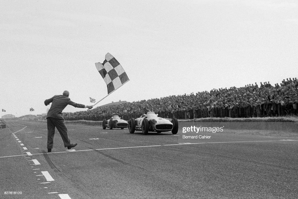 Juan Manuel Fangio, Stirling Moss, Grand Prix Of Netherlands : ニュース写真