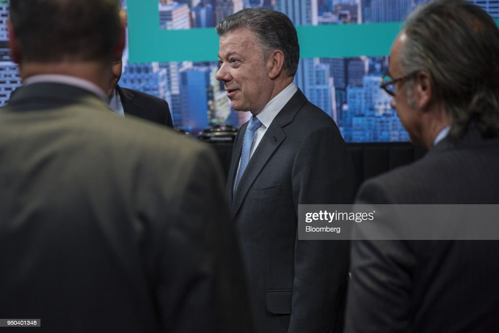 Juan Manuel Santos, Colombia's president, arrives for a Bloomberg Television interview in New York, U.S., on Monday, April 23, 2018. Santosdiscussed the Colombian peace agreement, the nation's economy, and the Venezuelan migration crisis. Photographer: Victor J. Blue/Bloomberg via Getty Images