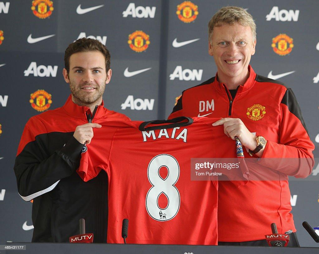 Manchester United Unveil New Signing Juan Mata : News Photo