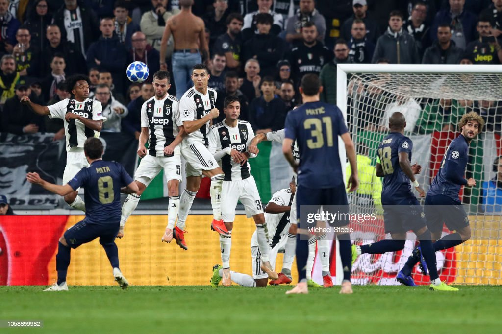 Juventus v Manchester United - UEFA Champions League Group H : News Photo