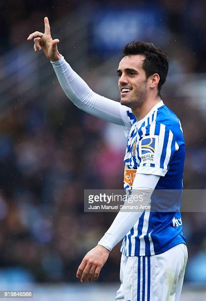 Juan Miguel Jimenez 'Juanmi' of Real Sociedad celebrates after scoring the second goal for Real Sociedad with his team mates during the La Liga match...