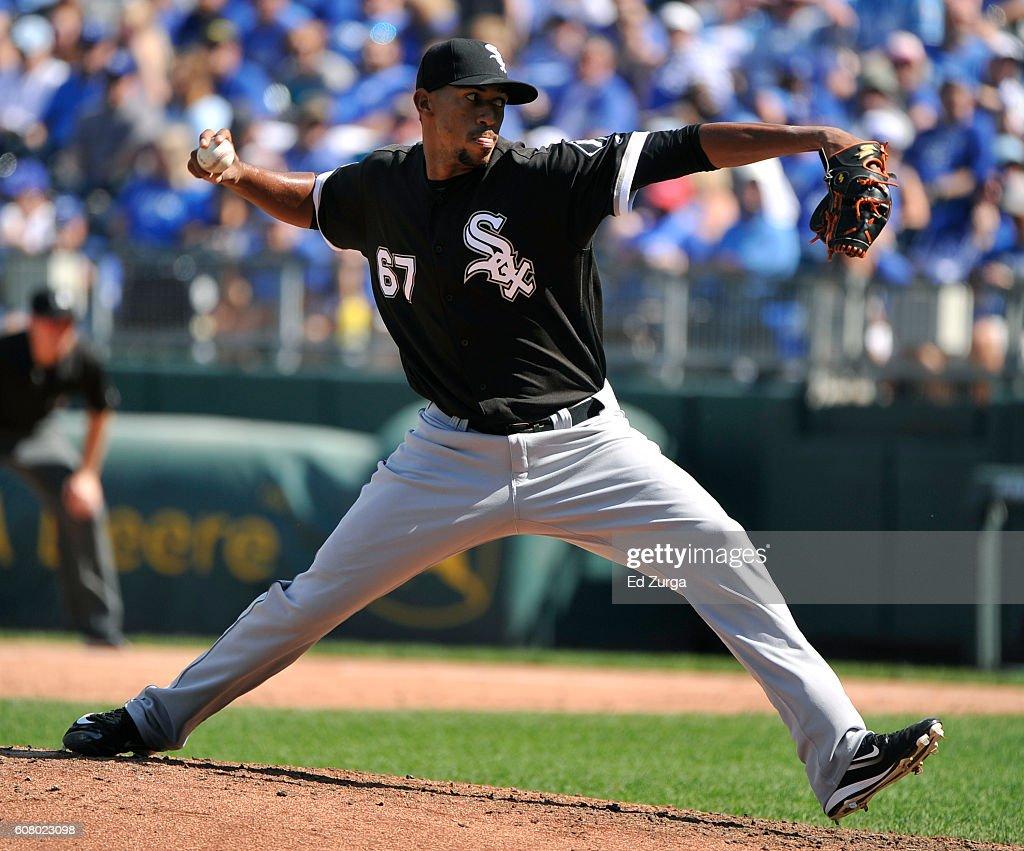 Juan Minaya #67 of the Chicago White Sox throws in the fifth inning against the Kansas City Royals at Kauffman Stadium on September 19, 2016 in Kansas City, Missouri.