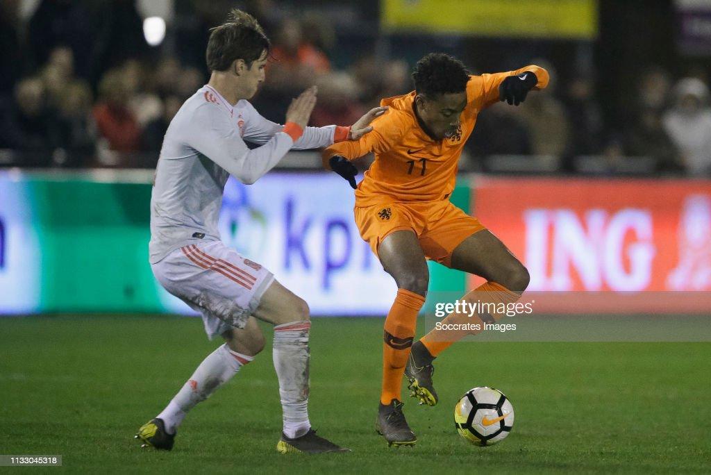 Holland U19 v Spain U19 : Nachrichtenfoto
