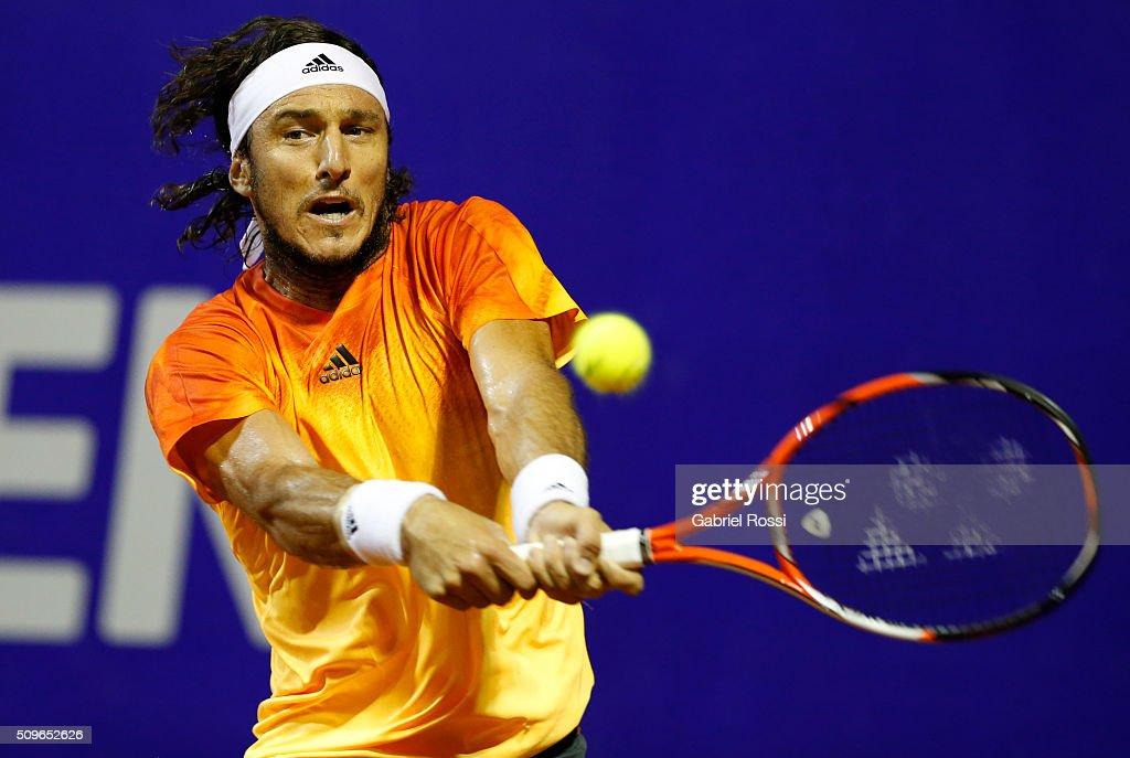 Rafael Nadal v Juan Monaco - ATP Argentina Open : News Photo