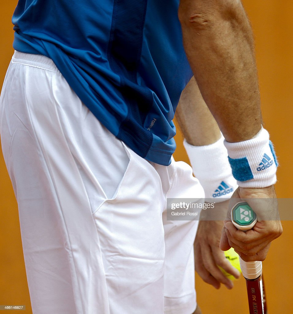 Juan Monaco of Argentine serves during a match between Argentina and Italy as part of the Davis Cup at Patinodromo Stadium on January 31, 2014 in Mar del Plata, Argentina.