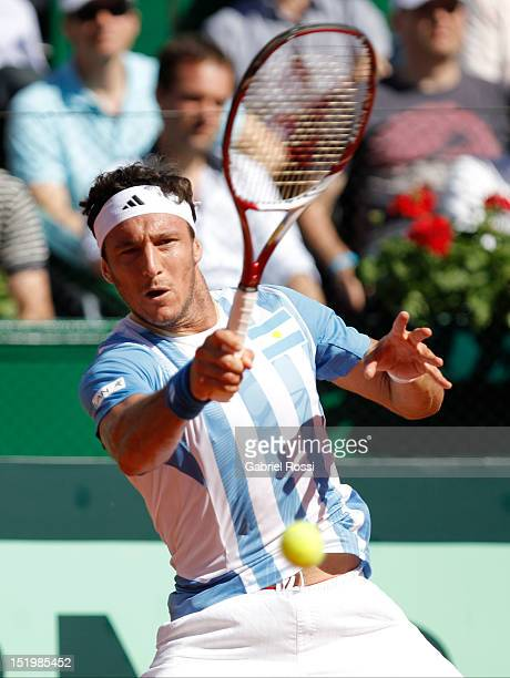 Juan Monaco retunrs the ball to Tomas Bedtch during the second Davis Cup semi-final match between Argentina and Czech Republic at Mary Ter‡an de...