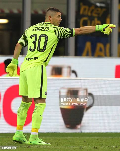 Juan Pablo Carrizo of FC Internazionale Milano directs his defense during the Serie A match between FC Internazionale and Udinese Calcio at Stadio...