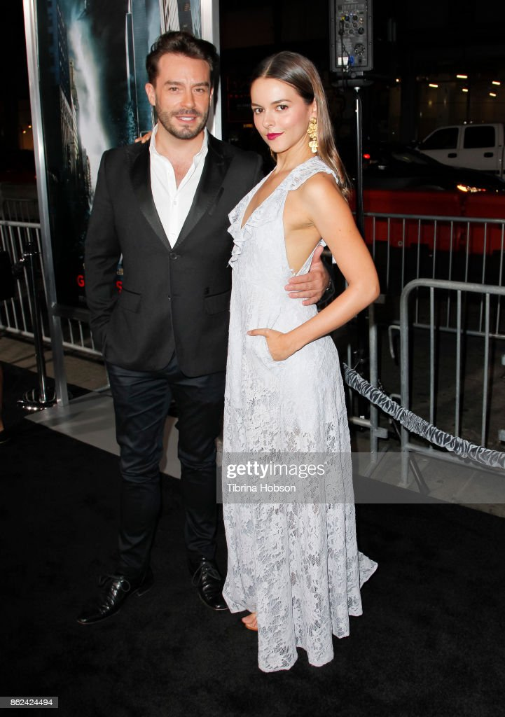 Juan Pablo Espinosa and Julieth Restrepo attend the premiere of Warner Bros. Pictures 'Geostorm' at TCL Chinese Theatre on October 16, 2017 in Hollywood, California.