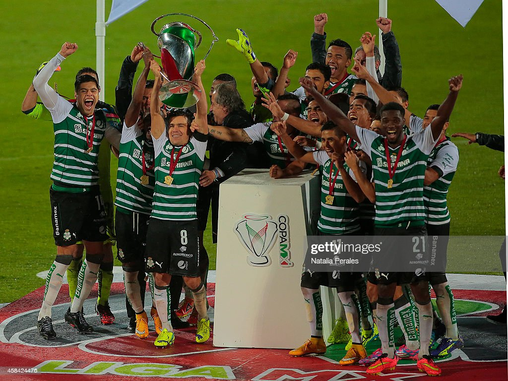 Santos Laguna v Puebla - Copa MX Apertura 2014 : News Photo
