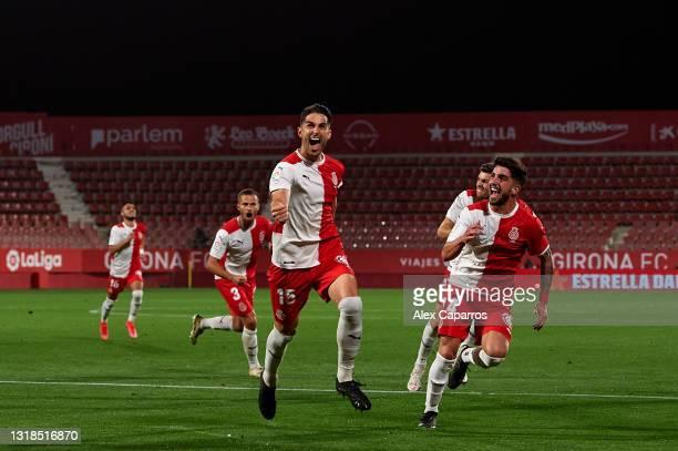 Juan Pedro 'Juanpe' Ramirez of Girona FC celebrates scoring his sides first goal during the Liga Smartbank match betwen Girona FC and Real Sporting...