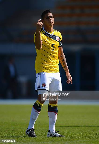 Juan Quintero of Colombia in action during the Toulon Tournament Group B match between Colombia and Qatar at the Stade De Lattre on May 28, 2014 in...
