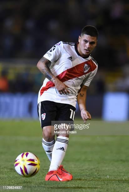Juan Quintero of River Plate kicks the ball during a match between Rosario Central and River Plate as part of Superliga 2018/19 at Estadio Gigante de...