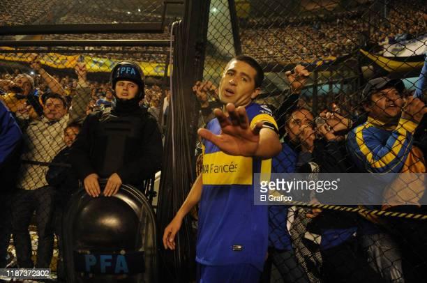 Juan Roman Riquelme of Boca Juniors gestures during the semi final first leg match between Boca Juniors and Universidad de Chile as part of Copa...