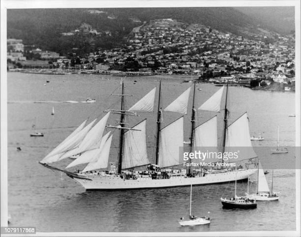 Juan Sebastian De Elcano in Hobart Harbour February 22 1988