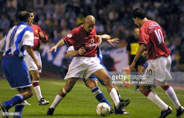 Juan Sebastian Veron from Manchester United fights for the ball during the match of Champion's League between Deportivo de la Coruna and Manchester...