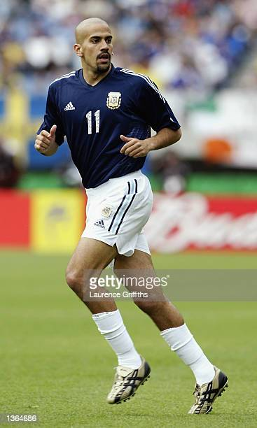 Juan Sebastian Veron of Argentina in action during the FIFA World Cup Finals 2002 Group F match between Argentina and Sweden played at the Miyagi...