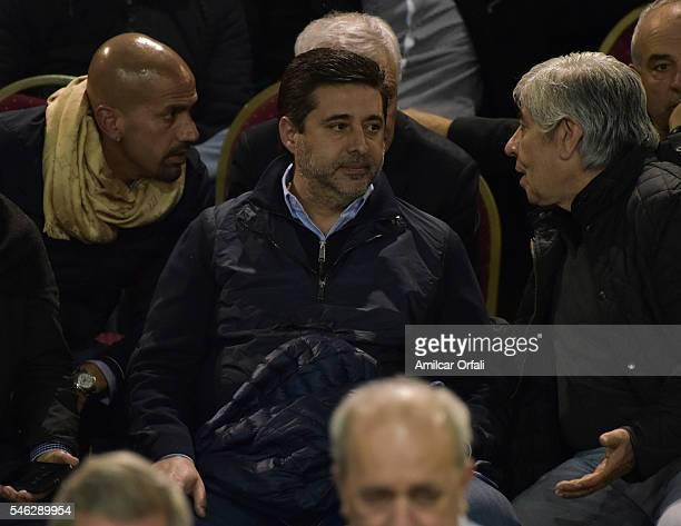 Juan Sebastian Veron President of Estudiantes talks to Hugo Moyano President of Independiente behind Daniel Angelici President of Boca Juniors during...