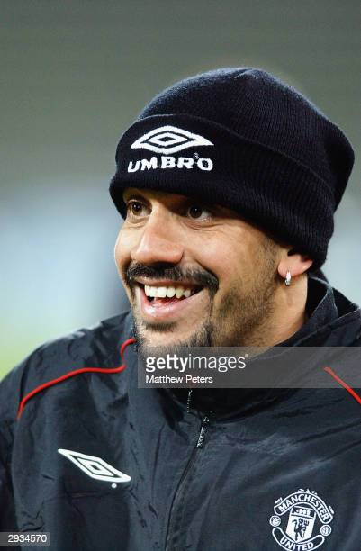 Juan Sebastian Veron training the night before the UEFA Champions League match between Bayern Munich v Manchester United match at the Olympiastadion...