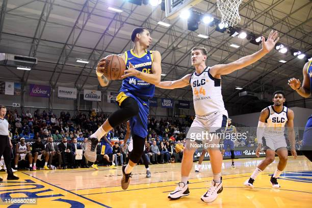 Juan ToscanoAnderson of the Santa Cruz Warriors looks to pass against the Salt Lake City Stars during an NBA GLeague game on February 5 2020 at the...