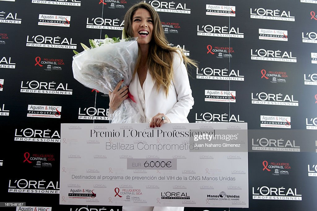 Juana Acosta receives the'Premio Belleza Comprometida de L'Oreal Professionnel 2013' during the Malaga Film Festival at AC Malaga Palacio Hotel on April 26, 2013 in Malaga, Spain.