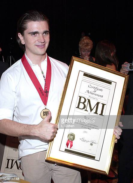 Juanes, honored by BMI with their Certificate of Achievement