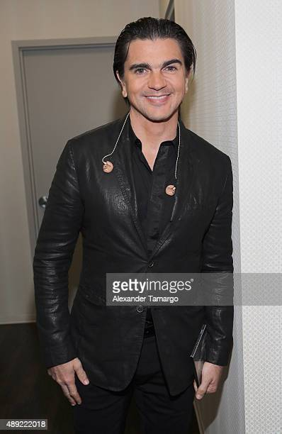 Juanes poses in the VIP area at Univision's 'Sabado Gigante' Finale at Univision Studios on September 19 2015 in Miami Florida