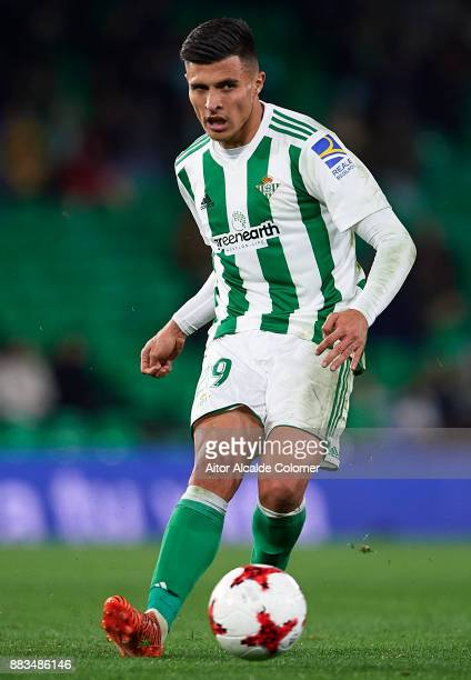 Juanjo Narvaez of Real Betis Balompie in action during the Copa del Rey Round of 32 Second Leg match between Real Betis Balompie and Cadiz CF at...