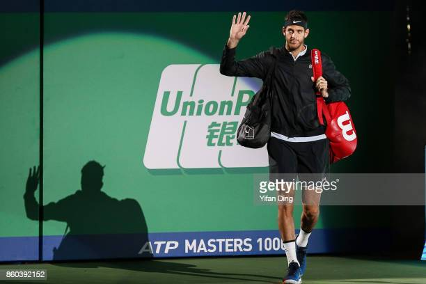 JuanMartin Del Potro of Argentina steps into the court prior to the Men's singles mach against Alexander Zverev of Germany on day 5 of 2017 ATP...