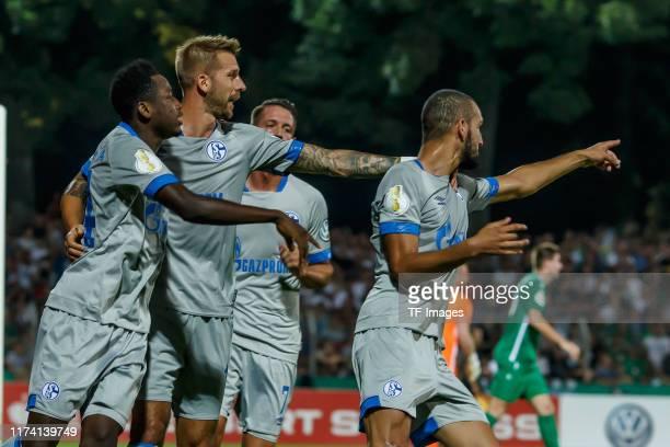 Jubel, Torjubel um Nabil Bentalep nach dem treffer zum 0:1 during the DFB Cup match between 1. FC Schweinfurt 04 and FC Schalke 04 at...