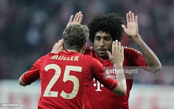 Jubel von Dante FC Bayern Münchenn mit Thomas Müller Mueller FC Bayern München Fussball Championsleague Halbfinale FC Bayern München FC Barcelona 4:0...