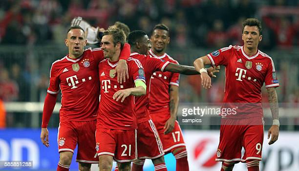 jubel von Franck RIBERY FC Bayern München Phlipp LAHM FC Bayern München Mario Mandzukic FC Bayern München Fussball Championsleague Quaterfinal...