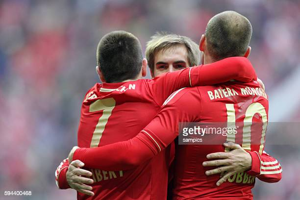 JUbel von Frank RIBERY FC Bayern München Phlipp LAHM FC Bayern München und Arjen ROBBEN FC Bayern München 1 Bundesliga Fussball FC Bayern München TSG...