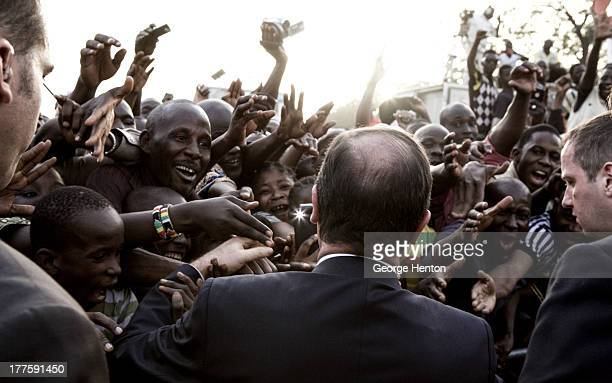 CONTENT] Jubilant crowds greet French President Francois Hollande at the Place de L'independance in Bamako Mali 02 Febuary 2013 The official visit to...