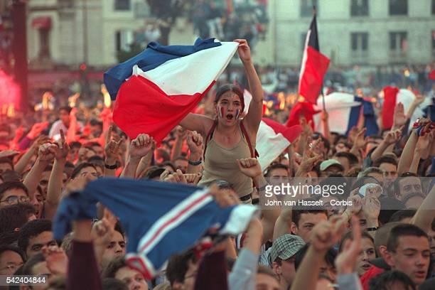 Jubilant Parisians at Place de l'Hotel de Ville after France's semi final victory over Croatia