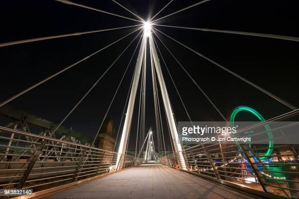 Jubilee Bridge at night