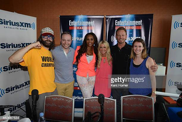 Juda Friedlander Vivica Fox Tara Reid and Ian Ziering pose with radio hosts Mario Correa and Julia Cunningham after being interviewed on SiriusXM's...