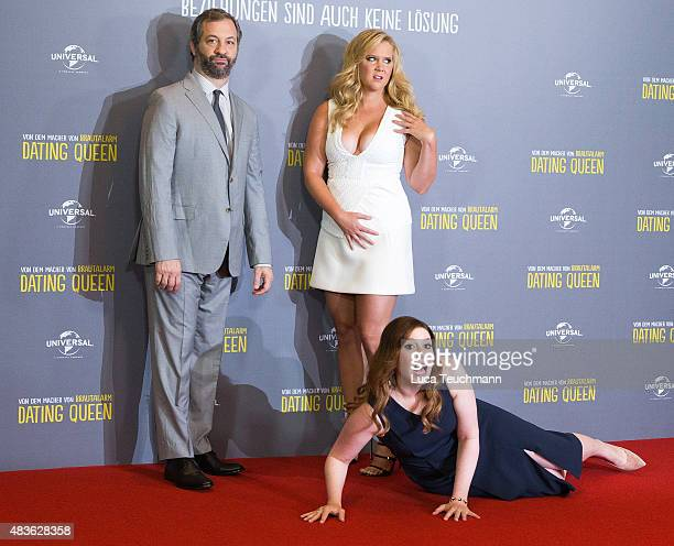 Judd Apatow; Amy Schumer, and Vanessa Bayer attend a photo call for the film 'Dating Queen' at Ritz Carlton on August 11, 2015 in Berlin, Germany.